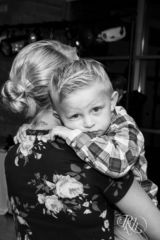 Erin & Tim - Minnesota Wedding Photography - Eagan Community Center - Eagan - RKH Images - Blog (53 of 62).jpg
