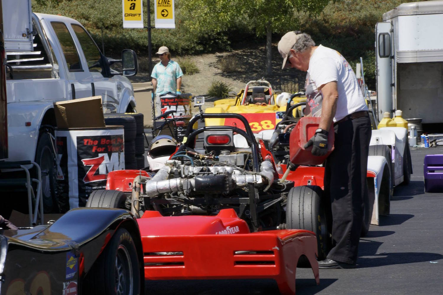 Meet the Racers in the paddock (Photo: SCCA San Francisco Region)