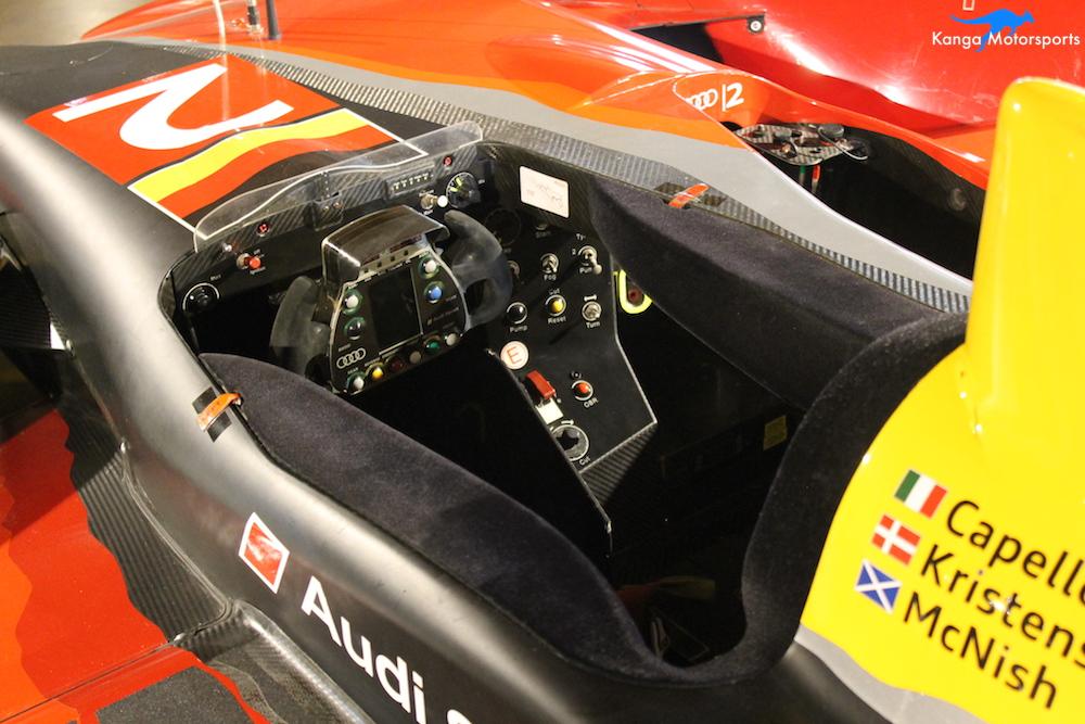 2010 Audi R15 TDI cockpit.JPG