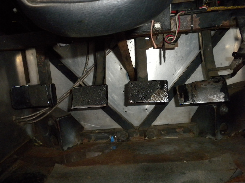 Spec Racer Ford Pedals.JPG