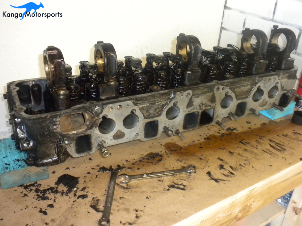 Removing Datsun Intake and Exhaust studs 2.JPG