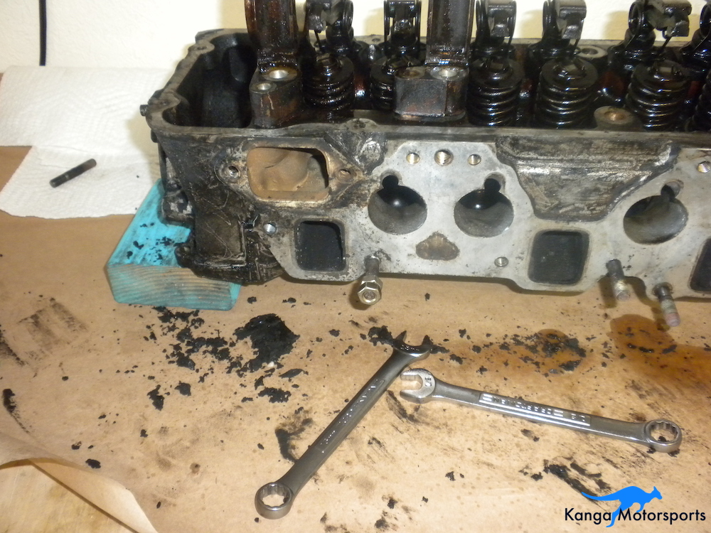 Removing Datsun Intake and Exhaust studs.JPG
