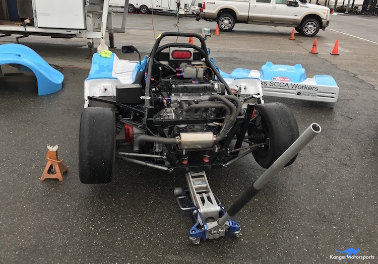 Kanga Motorsports Spec Racer Ford Gen3 Starter Motor Jacking Up the Car.JPG