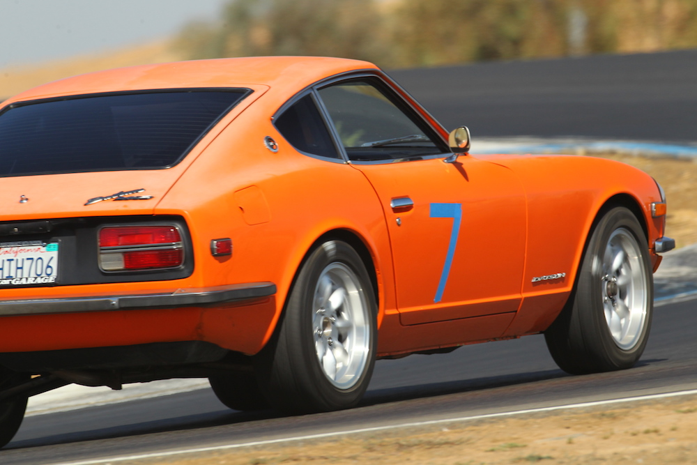 Kanga Motorsports 1972 Datsun 240z Thunderhill Raceway Turn 11 1000px.jpg