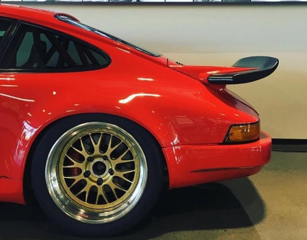 Porsche Eyes Up Auto Art Example 1.jpg