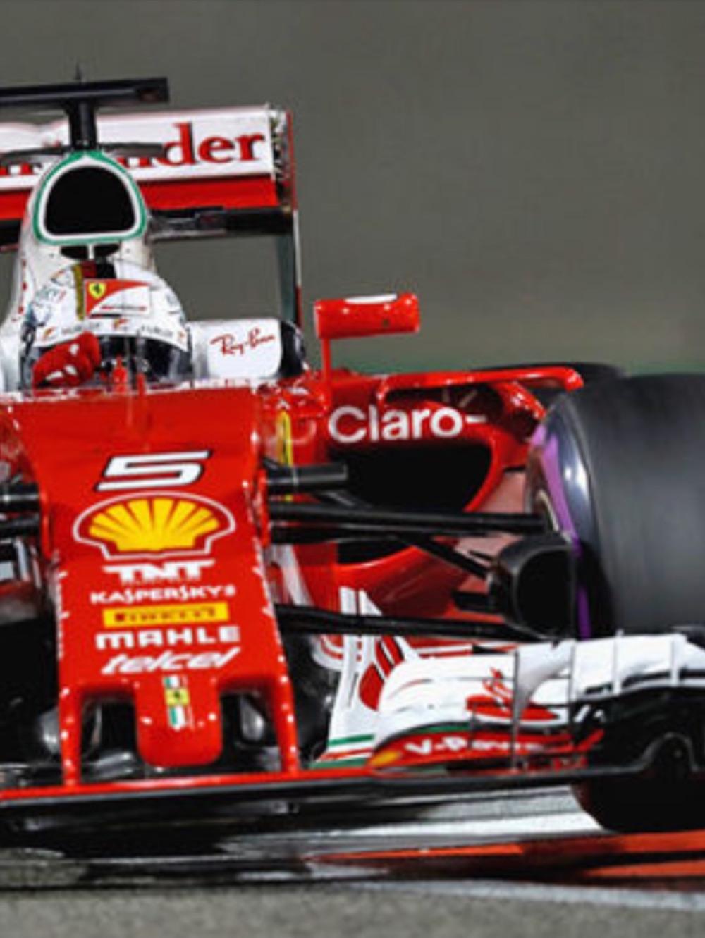 Vettel Ferrari Eyes Up Auto Art Example 1.jpg