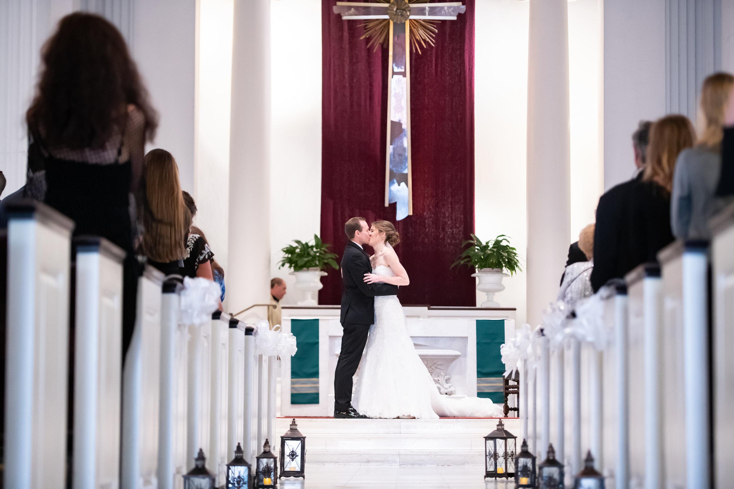 RachelAndrew-MountVernonInn-Wedding-410.jpg