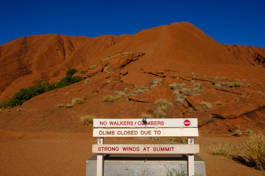 Uluru-6882.jpg