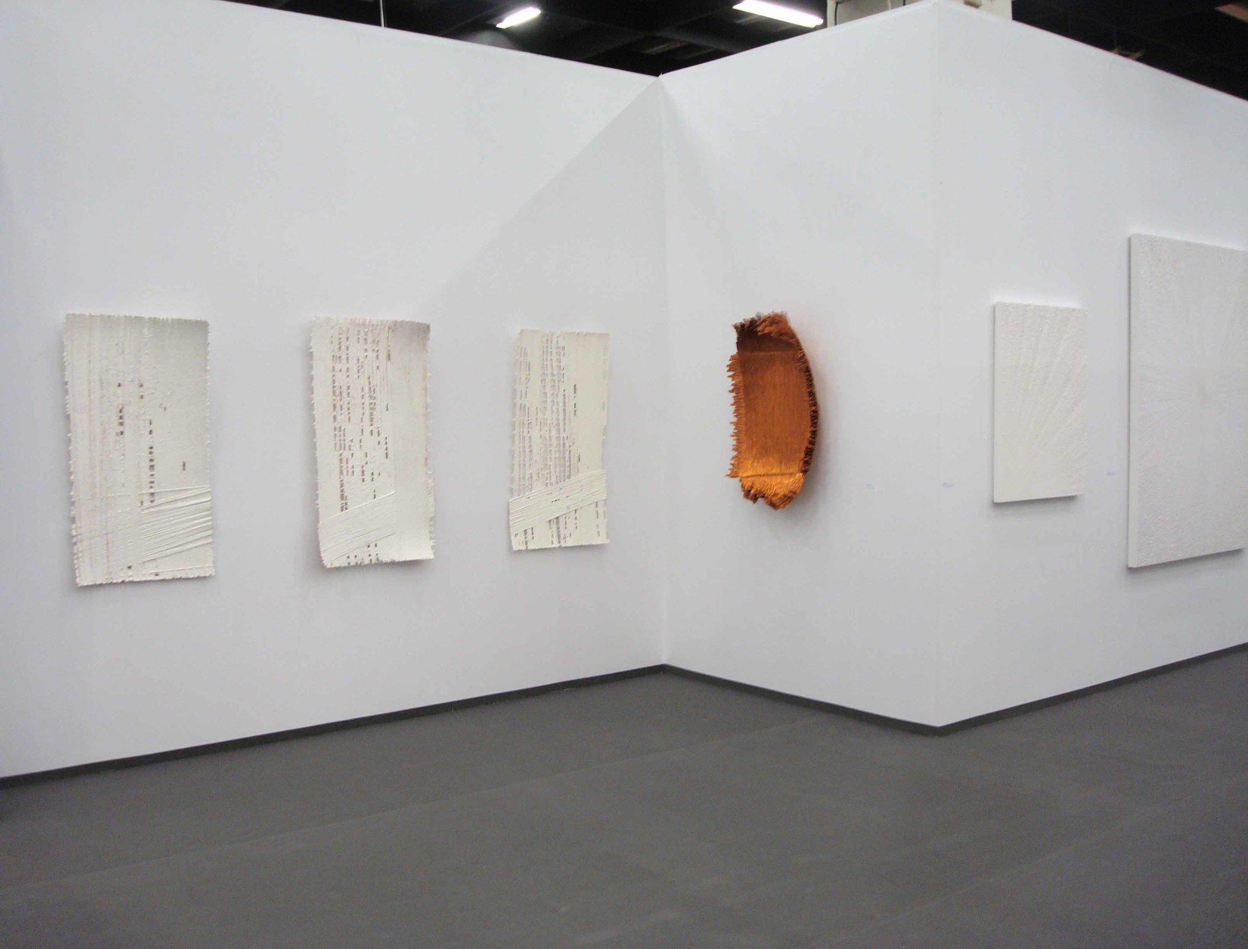 Stand White meditation room di Galleria Grossetti ad Art Cologne 2011_Antonella Zazzera.jpg