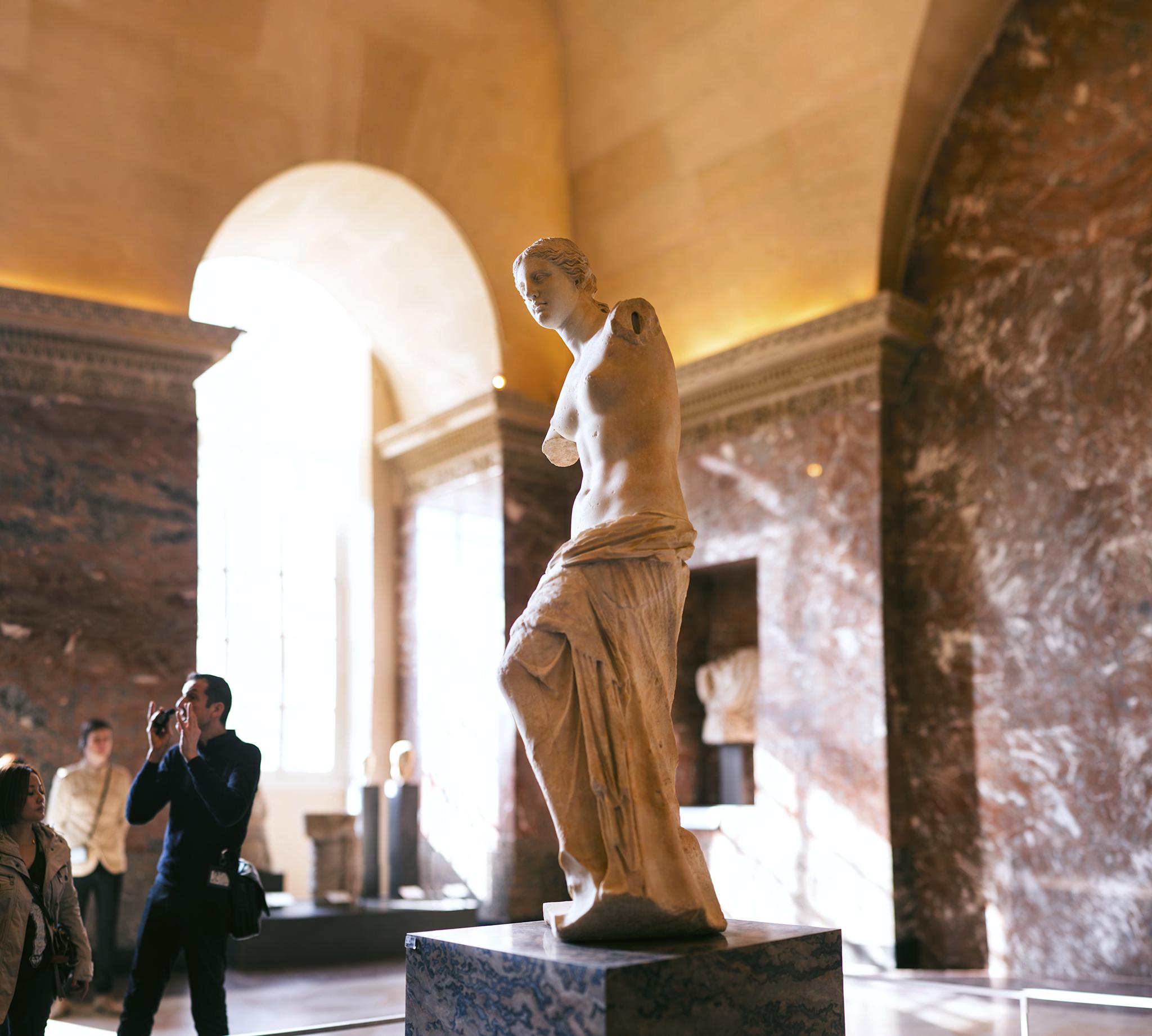 フランス:「ルーブル美術館、ミロのヴィーナス/Louvre Museum ,Vénus de Milo」