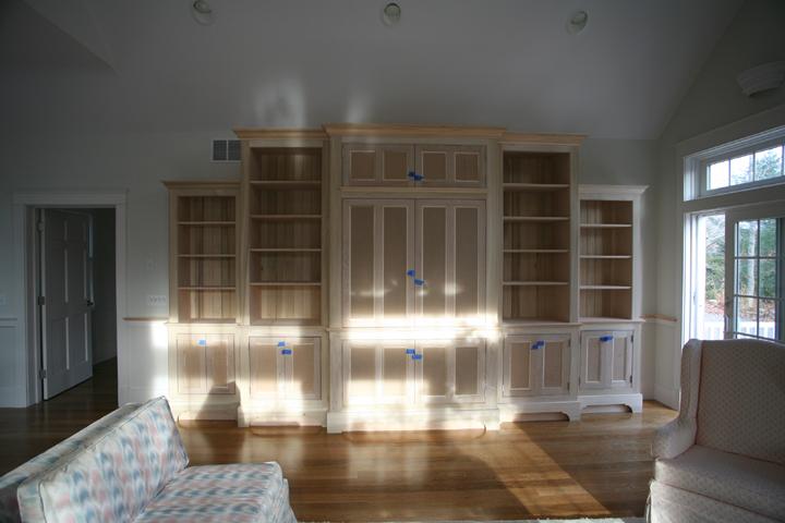 Roecklein livingroom cabinet 1.jpg