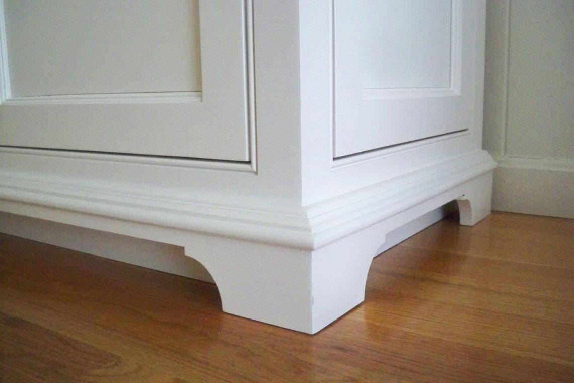Sideboard foot detail 1.jpg