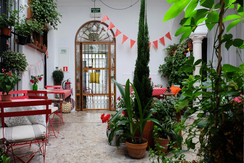 Hotel-Casa-de-Huespedes-Santa-Maria-Patio-4.jpg