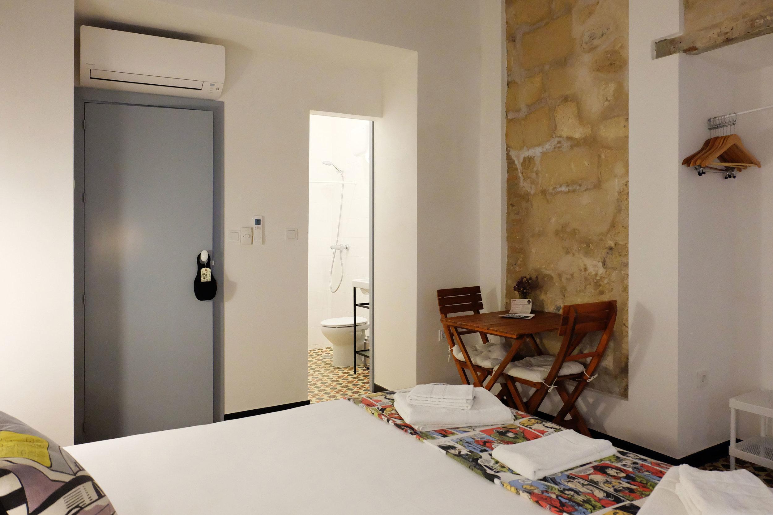 Hotel-Casa-de-Huespedes-Santa-Maria-Habitacion-1-7.jpg