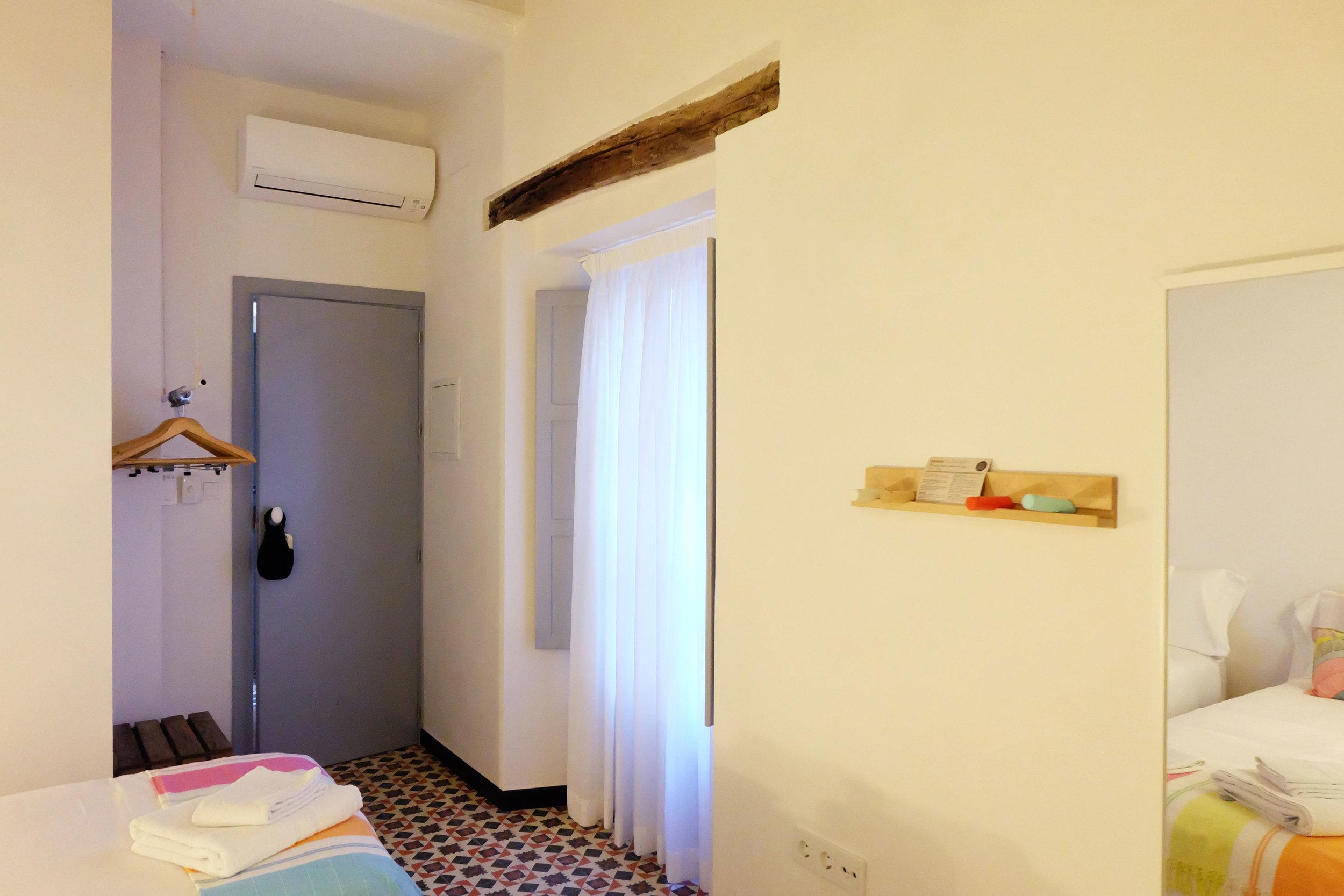 Hotel-Casa-de-Huespedes-Santa-Maria-Habitacion-2-7.jpg