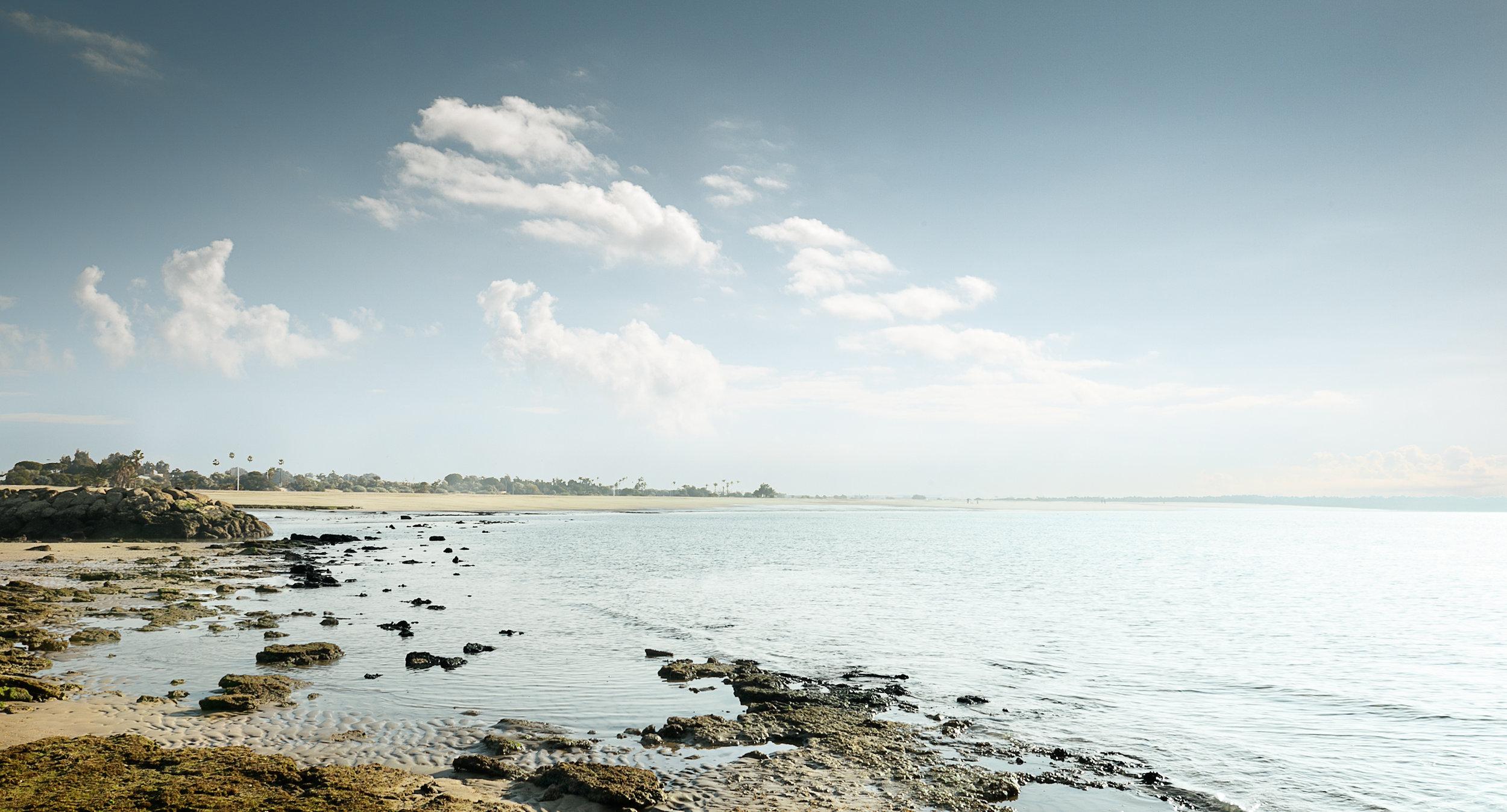 Playa de la Puntilla. Vista desde el arrecife en el Aculadero. Fotografia:  Raul Perez Pellicer .