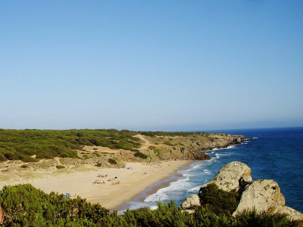 Playa del Cañuelo.  Wikimedia