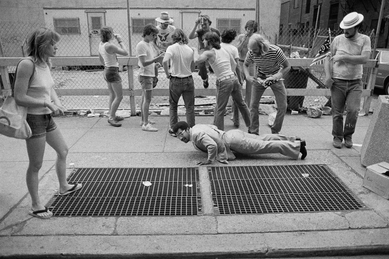 dh_01_06_Philadelphia-1976.jpg