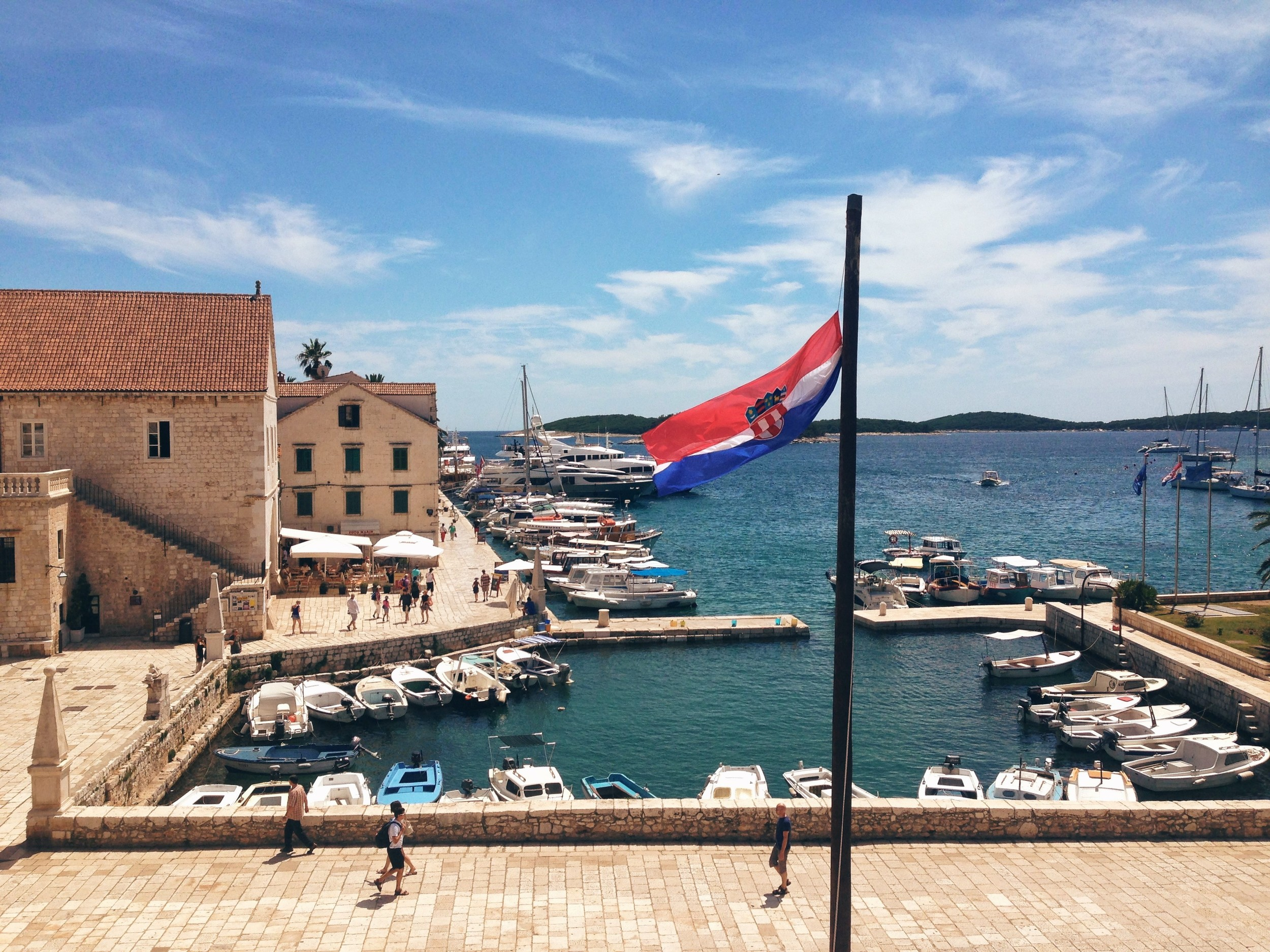 Havr's town port seaview