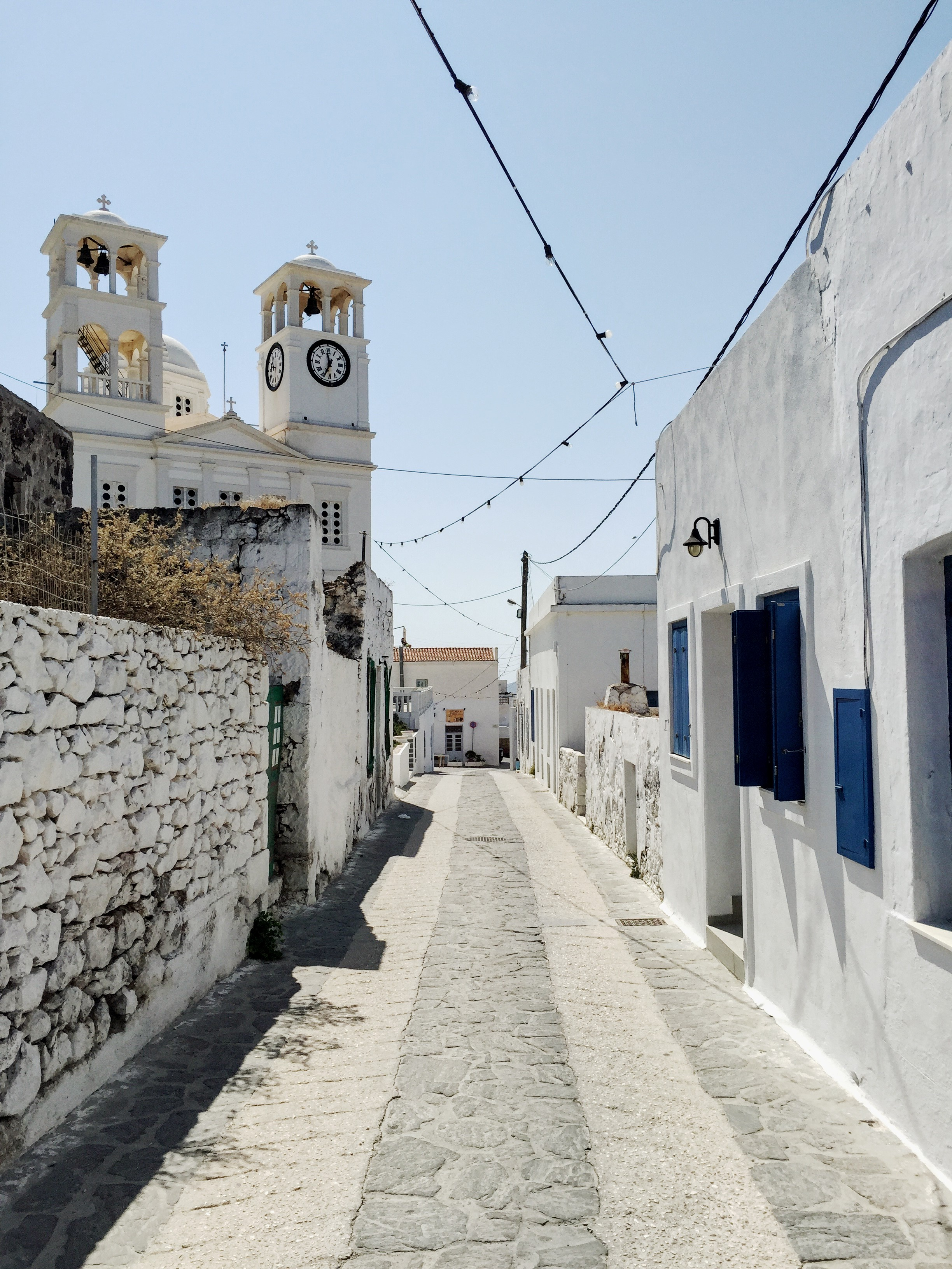 Around the picturesque streets or Tripiti