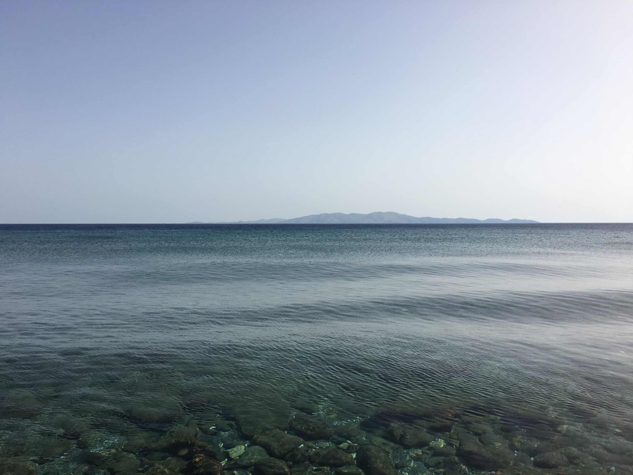 The view from Thalassaki tavern in Isternia bay