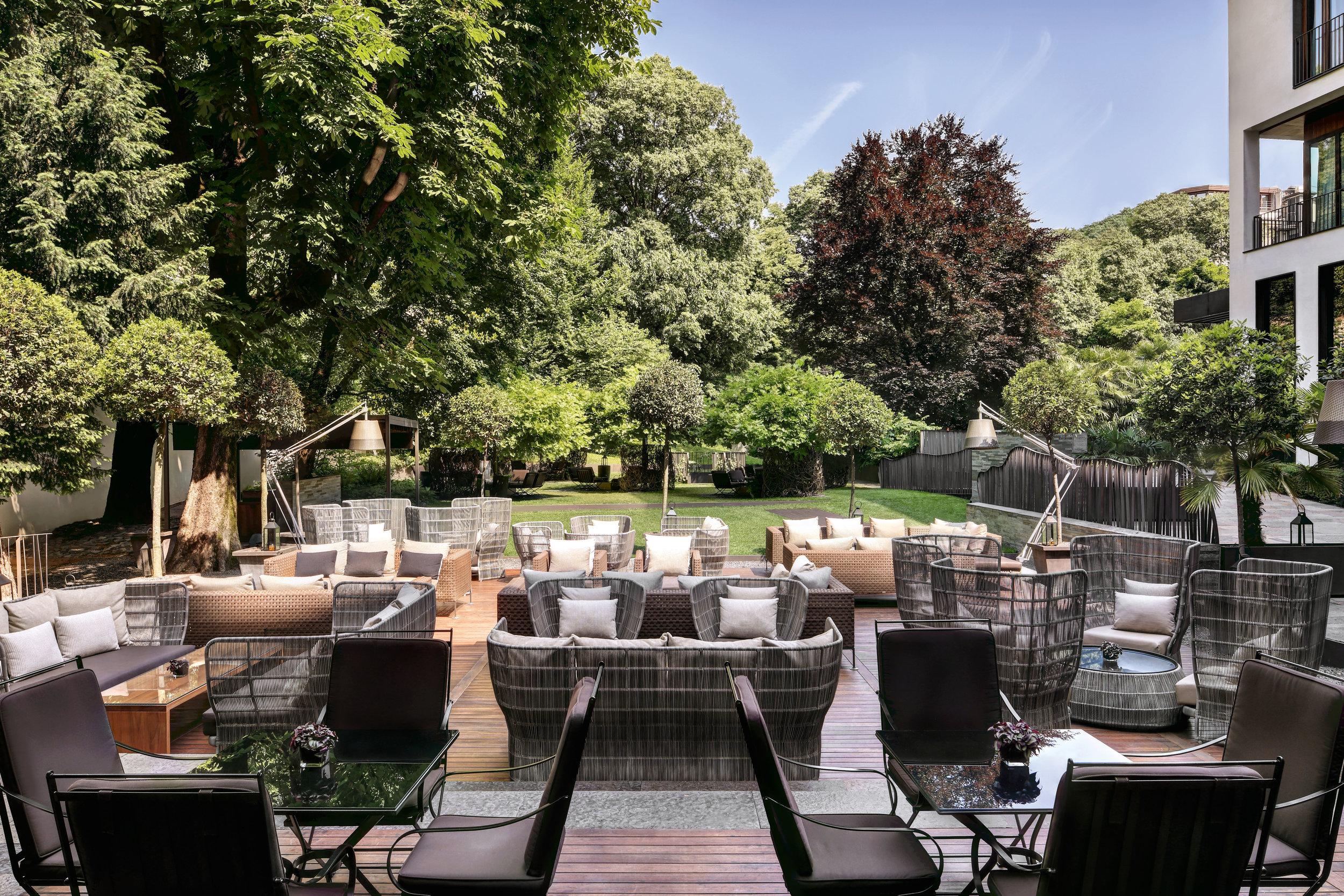 The garden at the Bulgari hotel