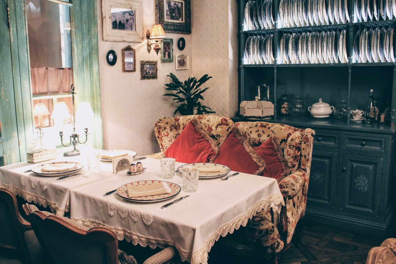 Cosy seating at MariVanna makes you feel like you're at your Russian grandmother's dining table.