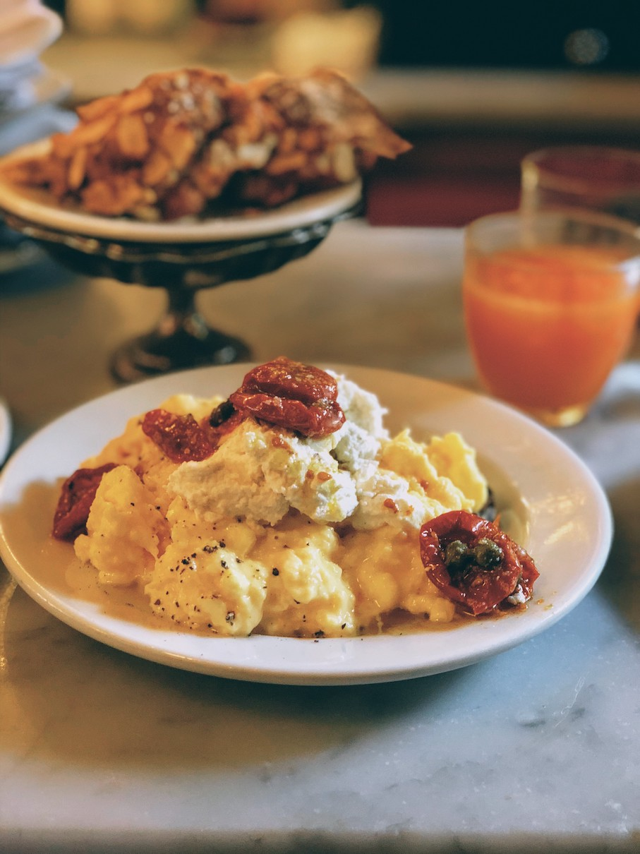 Goat's cheese and sun-dried tomato scrambled eggs at Buvette