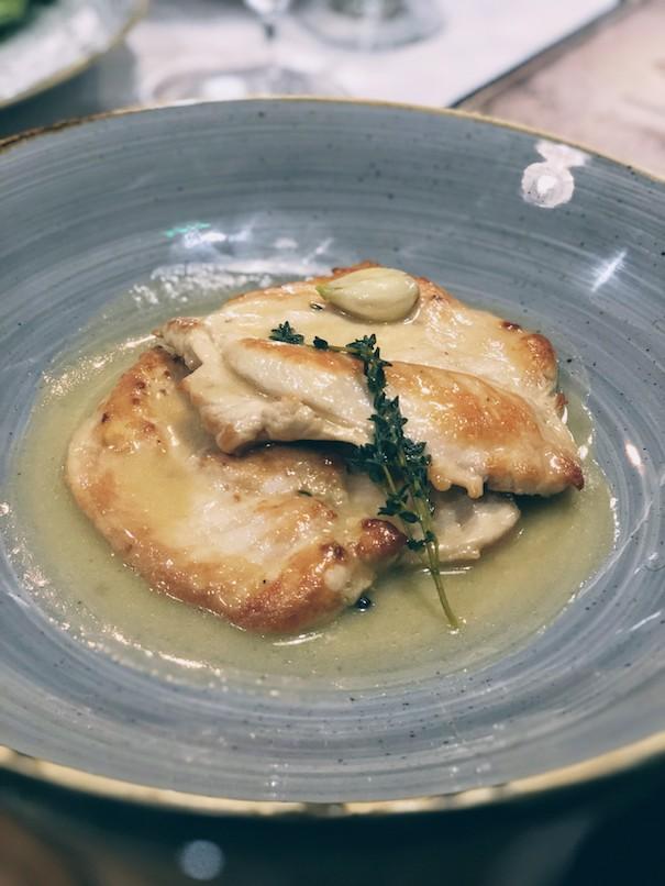 Grilled garlic chicken with lemon zest