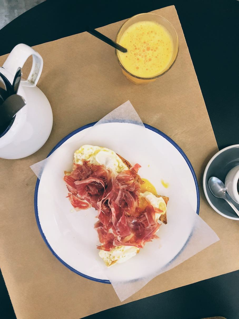 Fried eggs with Jamon Iberico at Auto Rosellon