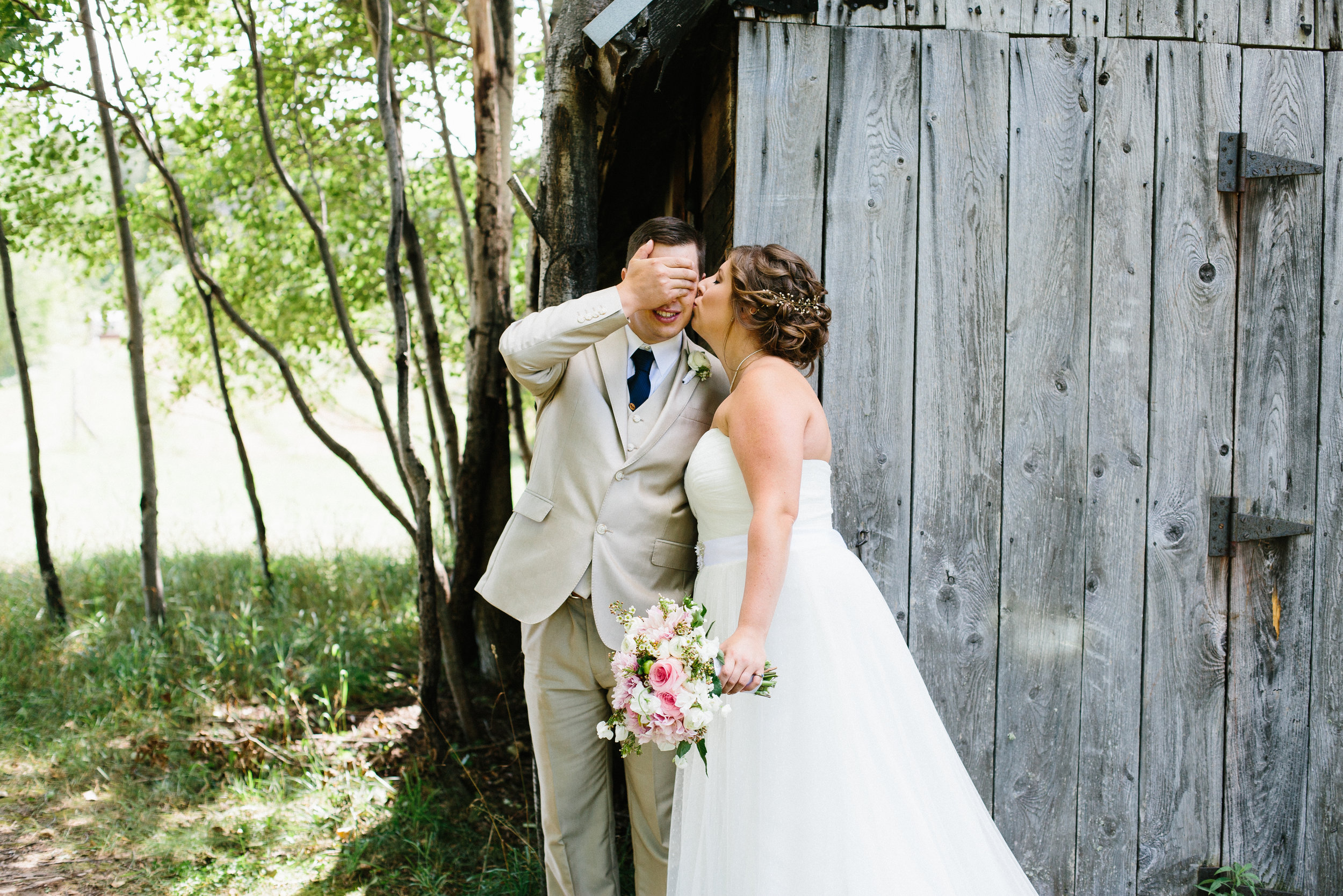 janelle elaine-belsolda farms-mi-wedding-217.jpg