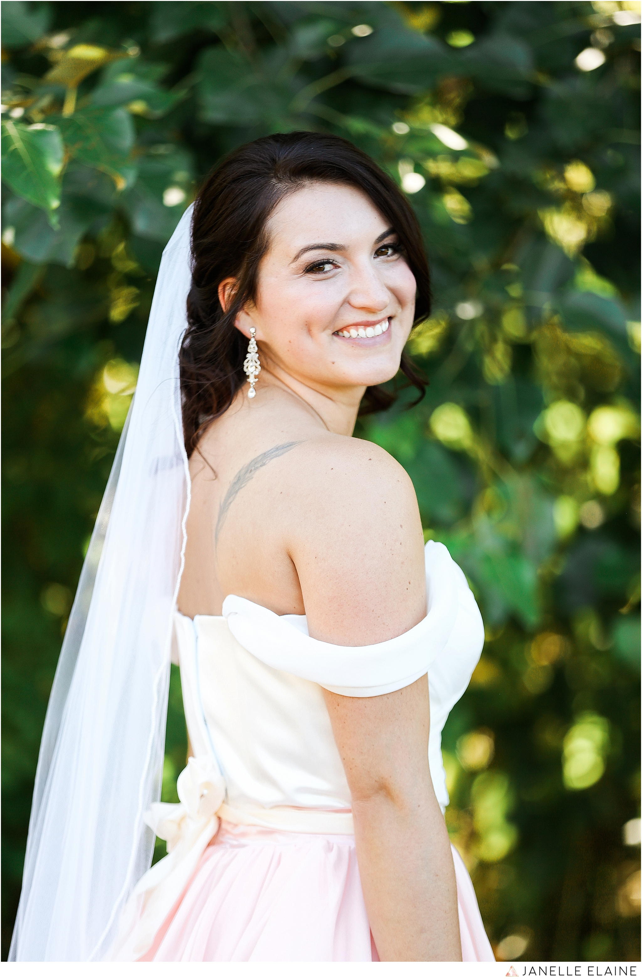 janelle elaine photography-jimmynicole-luther burbank park-seattle-wedding-144.jpg