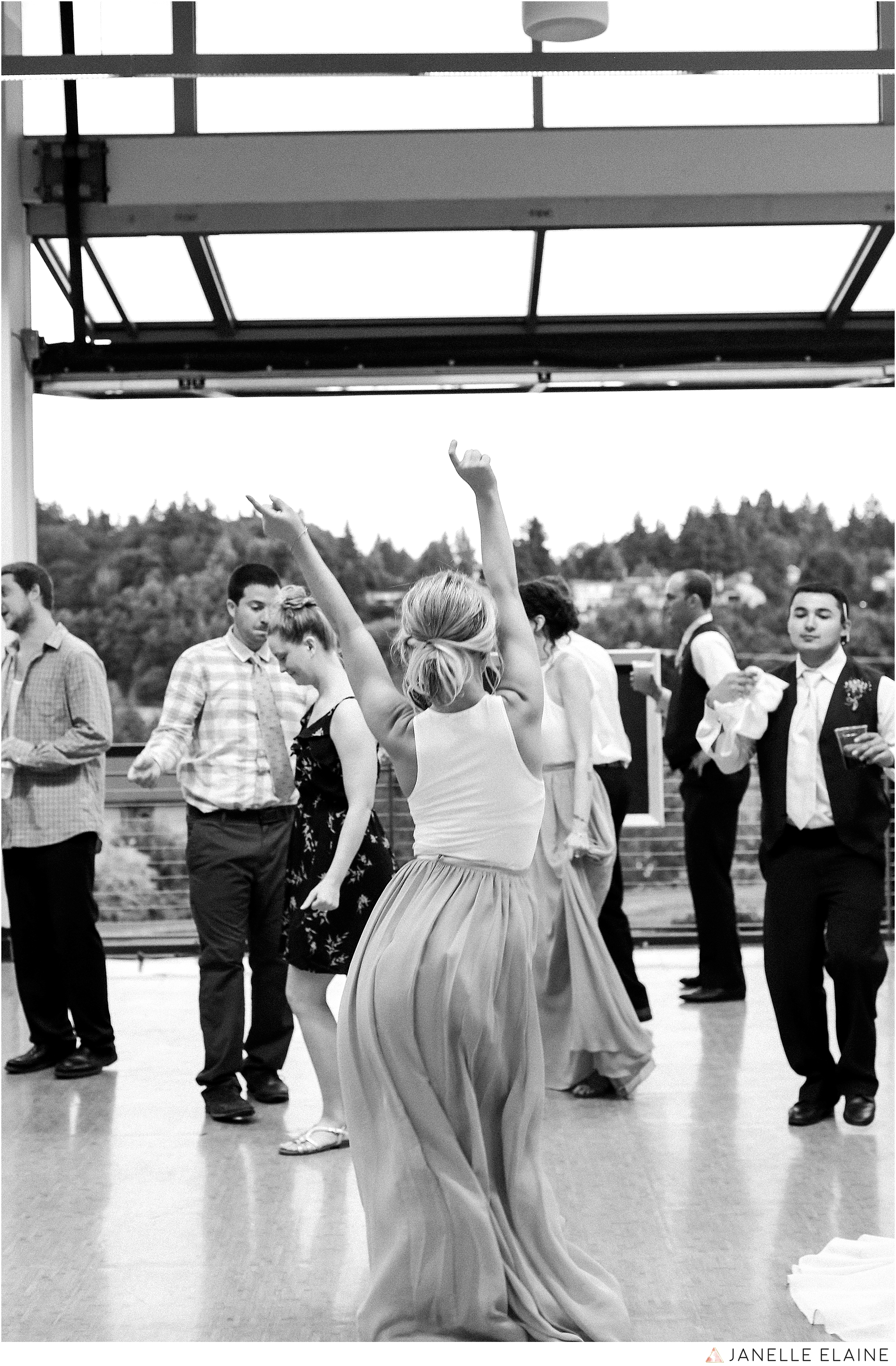 janelle elaine photography-jimmynicole-luther burbank park-seattle-wedding-240.jpg