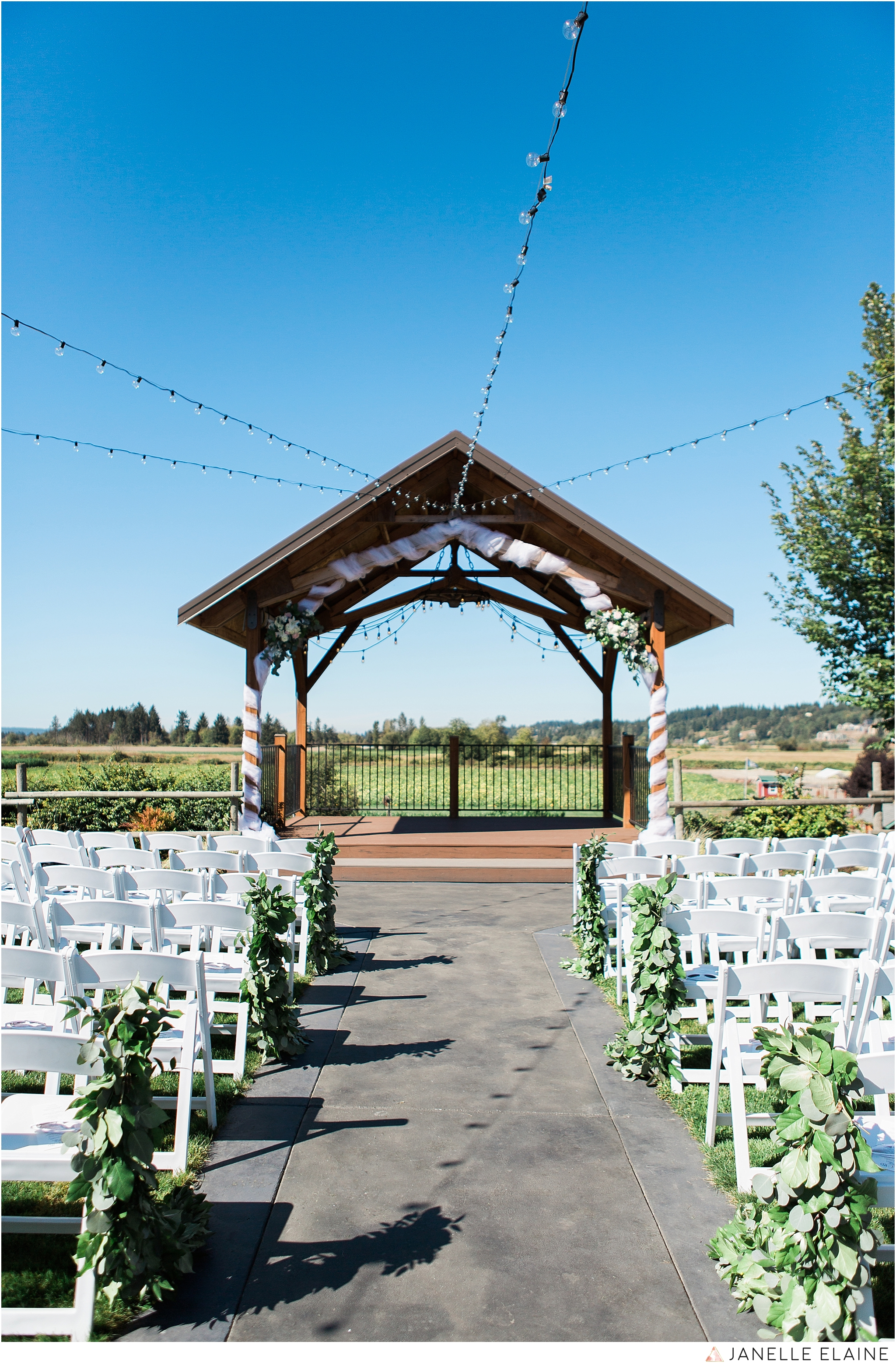janelle elaine photography-carleton farms-washington-wedding-lake stevens-191.jpg