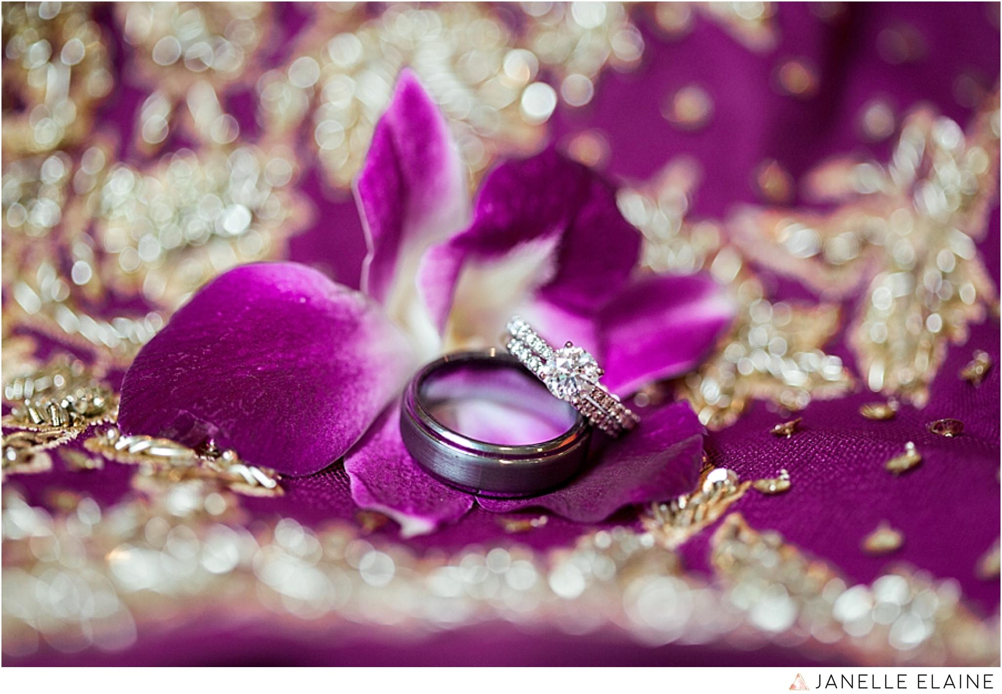 janelle elaine photography-the club at snoqualmie ridge-washington-wedding-photography-prep-54.jpg