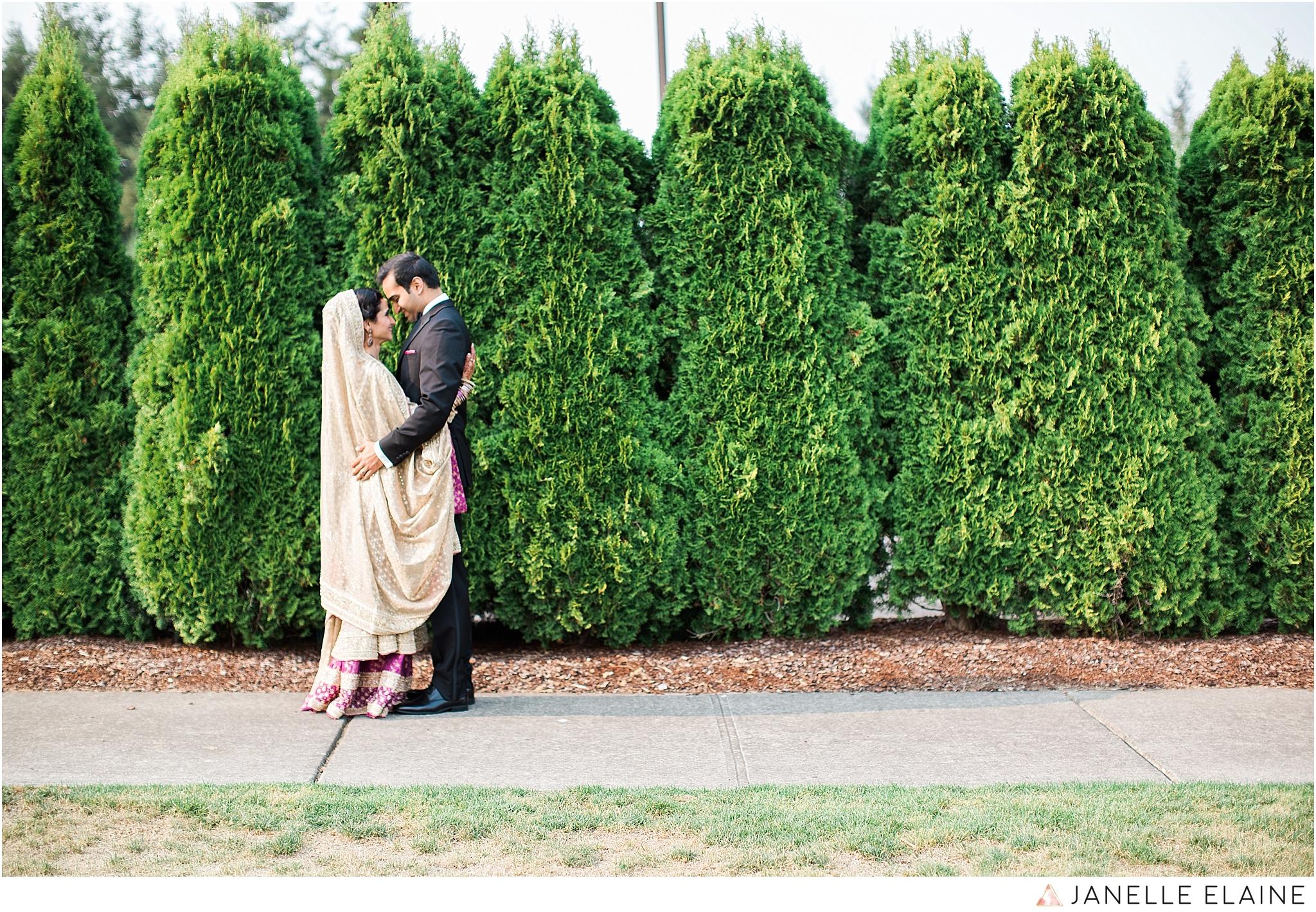janelle elaine photography-the club at snoqualmie ridge-washington-wedding-photography-portraits-81.jpg
