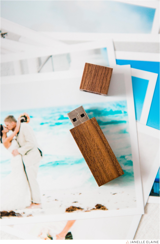 janelle elaine photography-wedding photography box-26.jpg