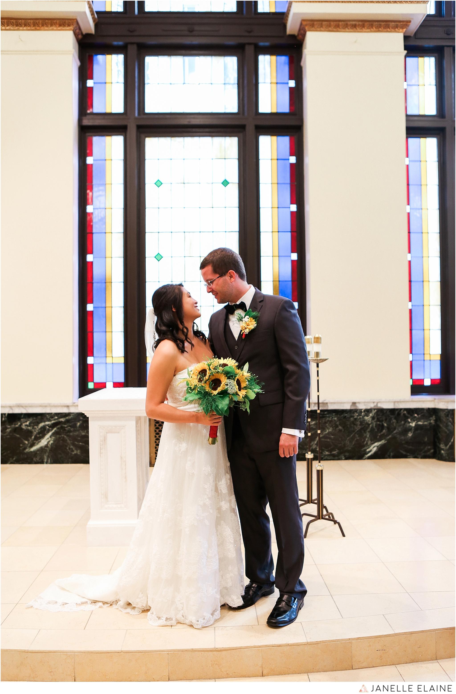 janelle elaine photography-professional wedding photographer seattle--13.jpg