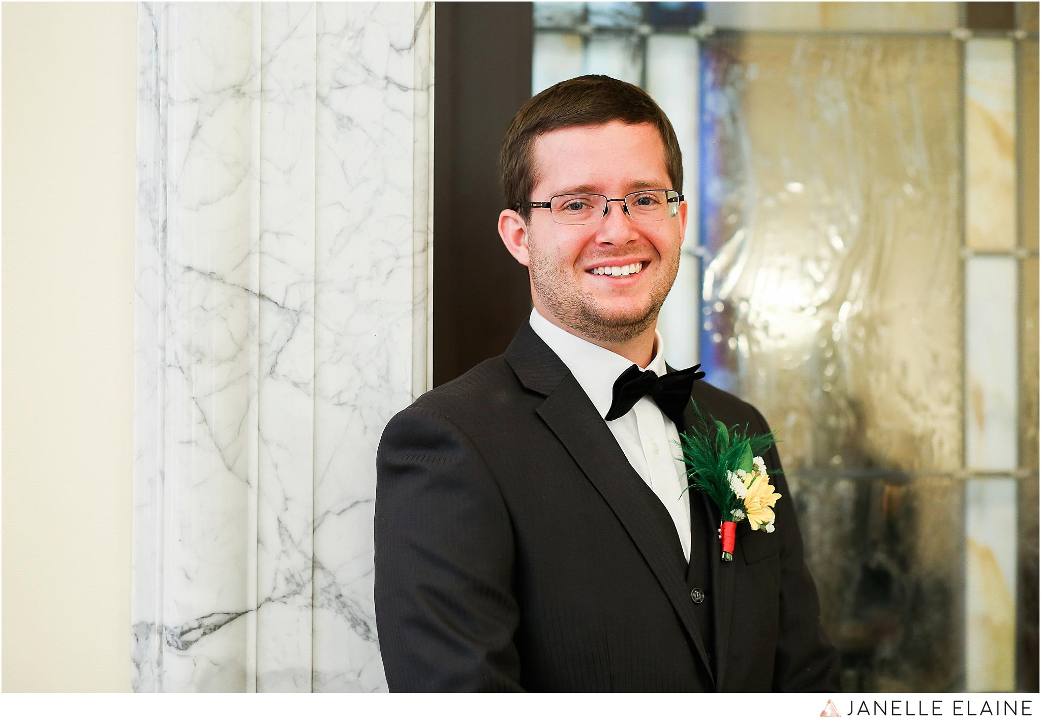 janelle elaine photography-professional wedding photographer seattle--21.jpg