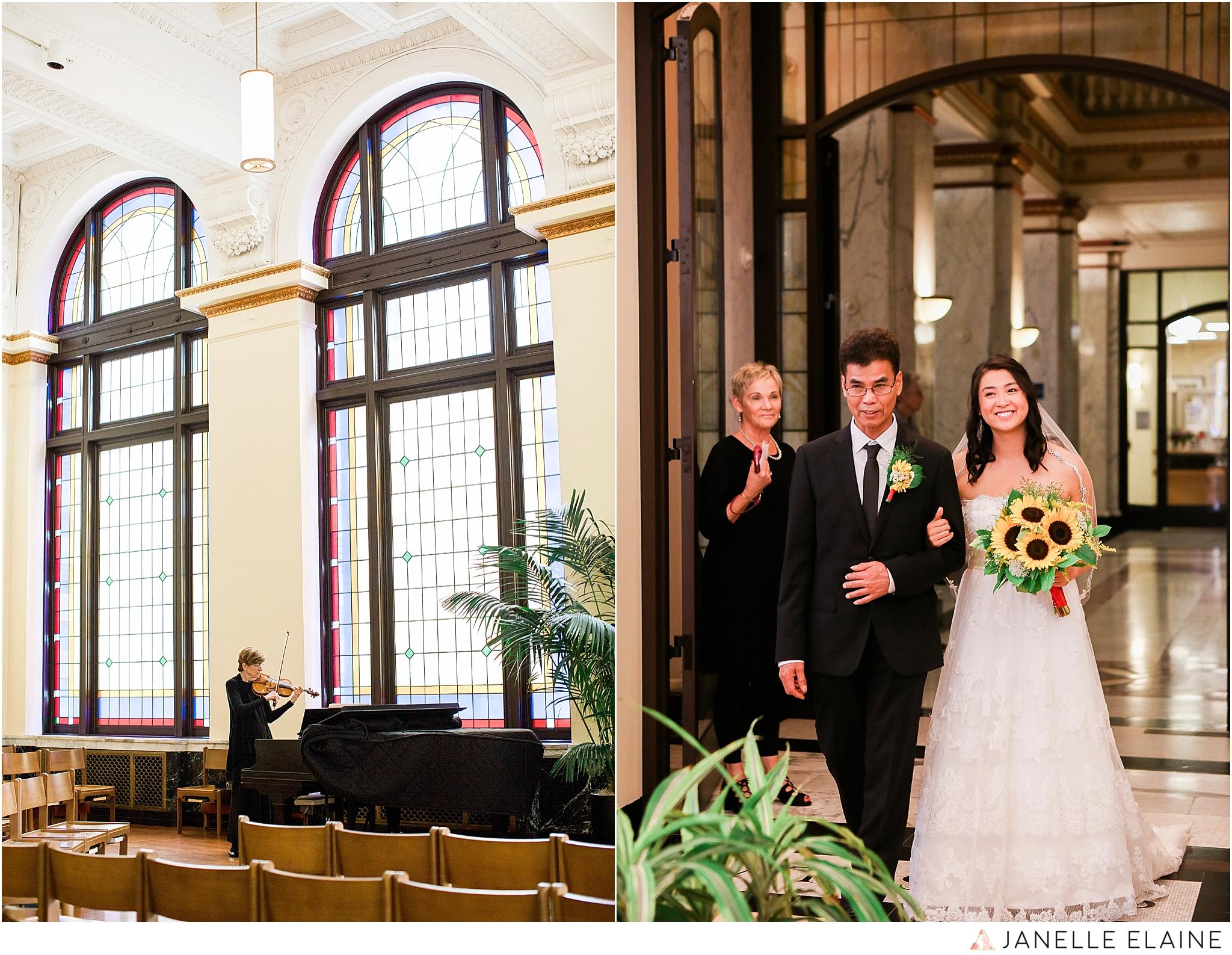 janelle elaine photography-professional wedding photographer seattle--1.jpg