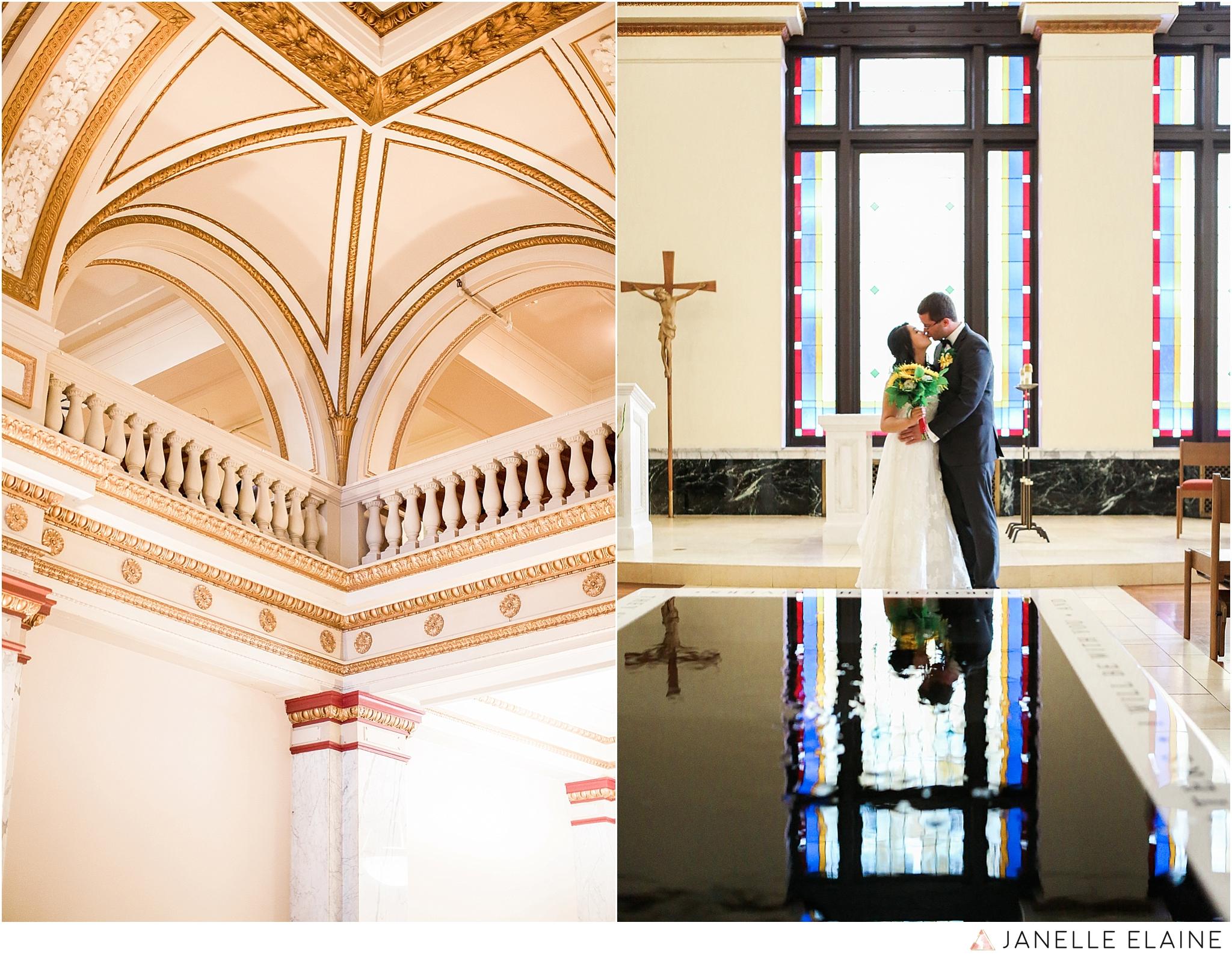janelle elaine photography-professional wedding photographer seattle--4.jpg