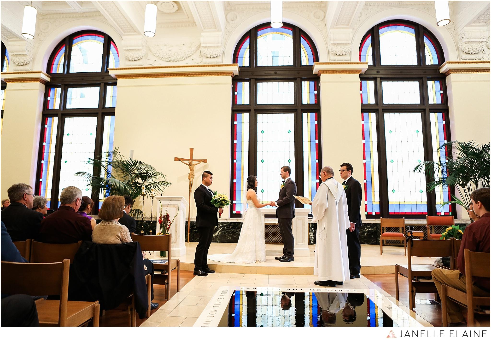 janelle elaine photography-professional wedding photographer seattle--47.jpg