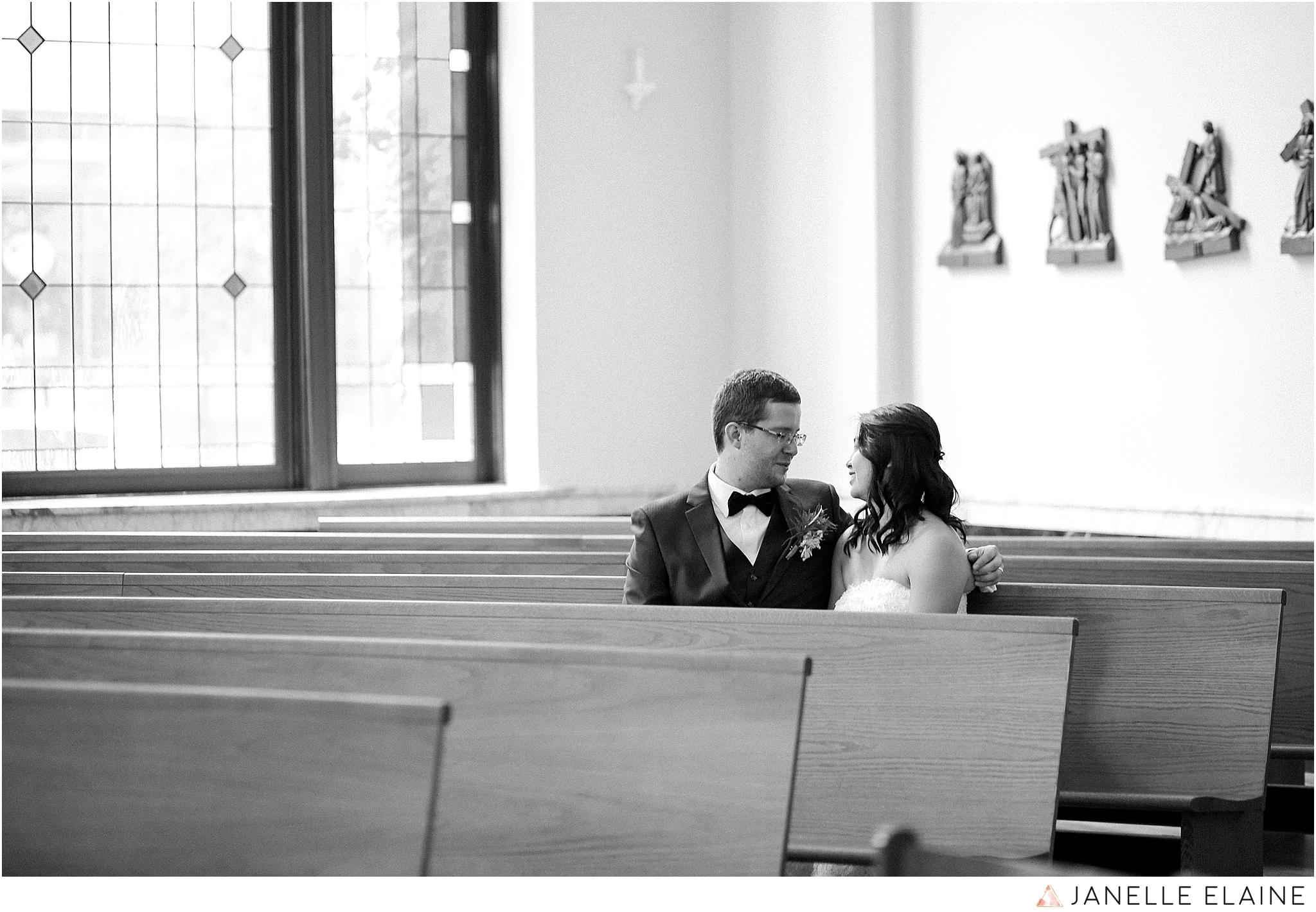 janelle elaine photography-professional wedding photographer seattle--61.jpg