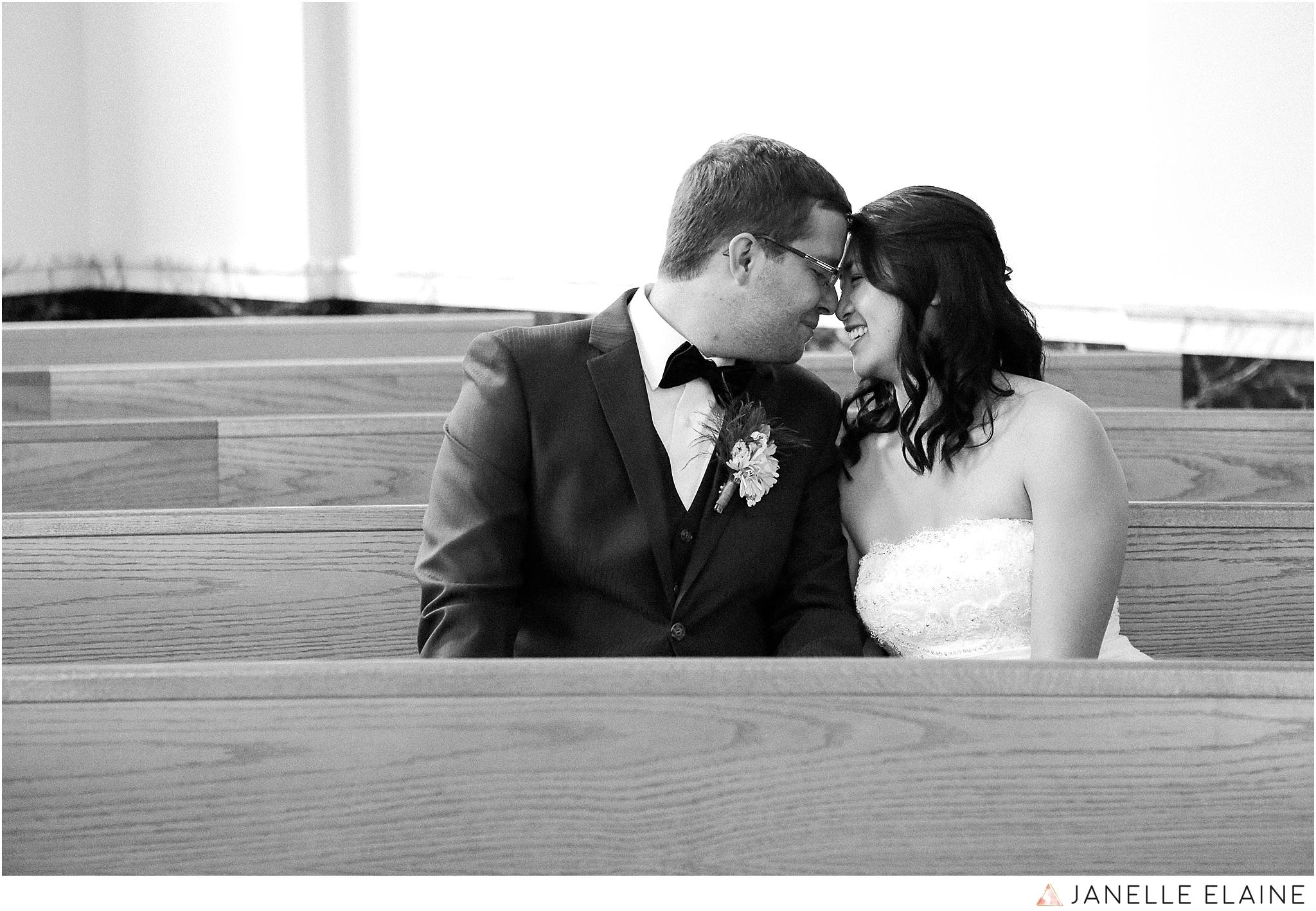 janelle elaine photography-professional wedding photographer seattle--65.jpg