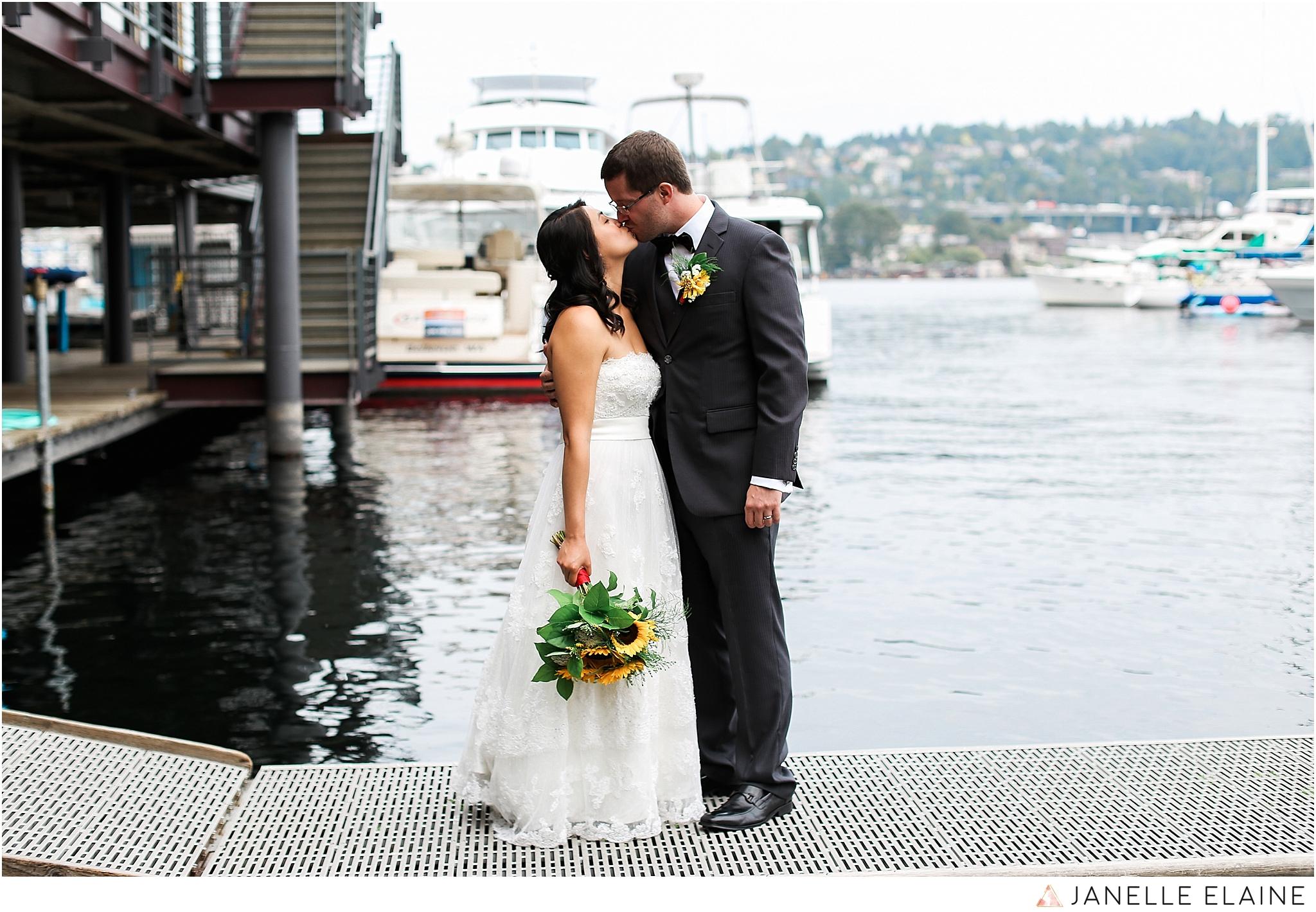 janelle elaine photography-professional wedding photographer seattle--81.jpg