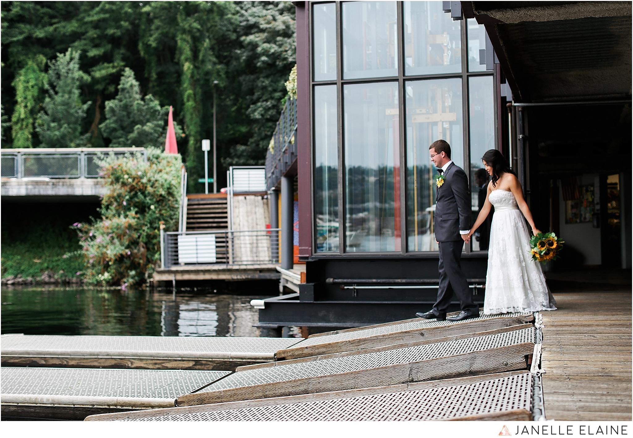 janelle elaine photography-professional wedding photographer seattle--85.jpg