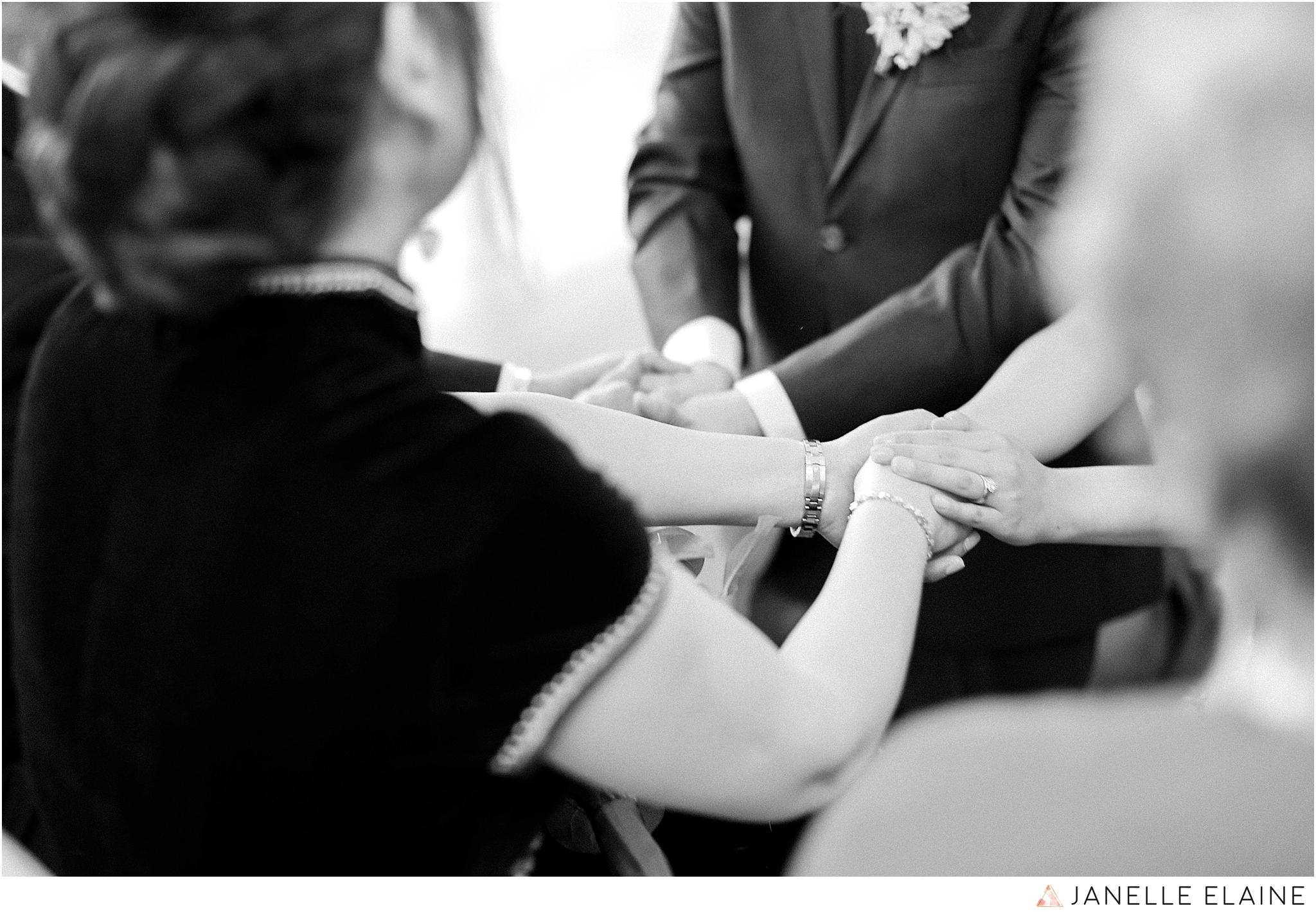janelle elaine photography-professional wedding photographer seattle--130.jpg