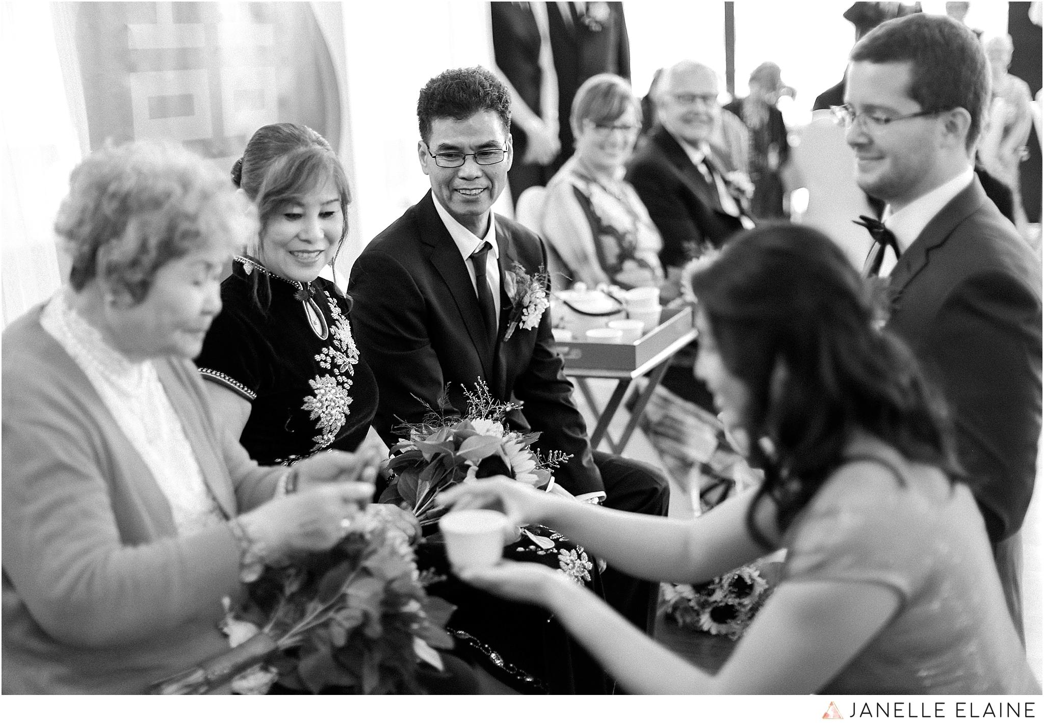 janelle elaine photography-professional wedding photographer seattle--129.jpg