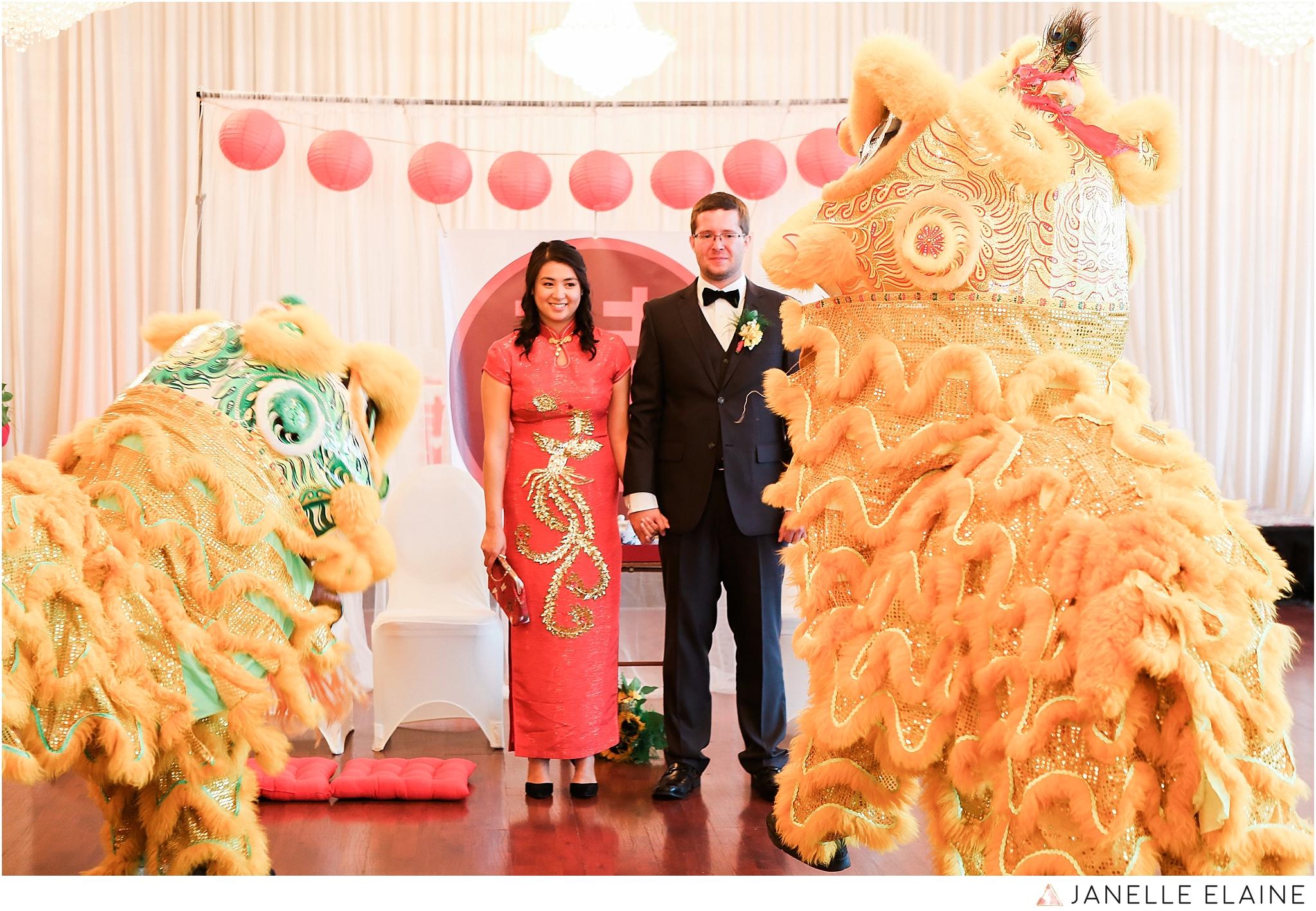 janelle elaine photography-professional wedding photographer seattle--156.jpg