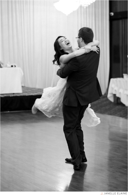 janelle elaine photography-professional wedding photographer seattle--177.jpg